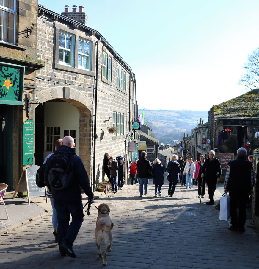 Top of Haworth main street