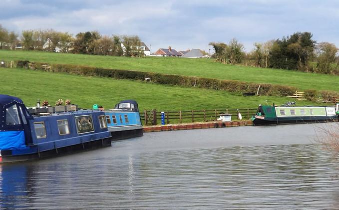 Leeds Liverpool canal Silsden