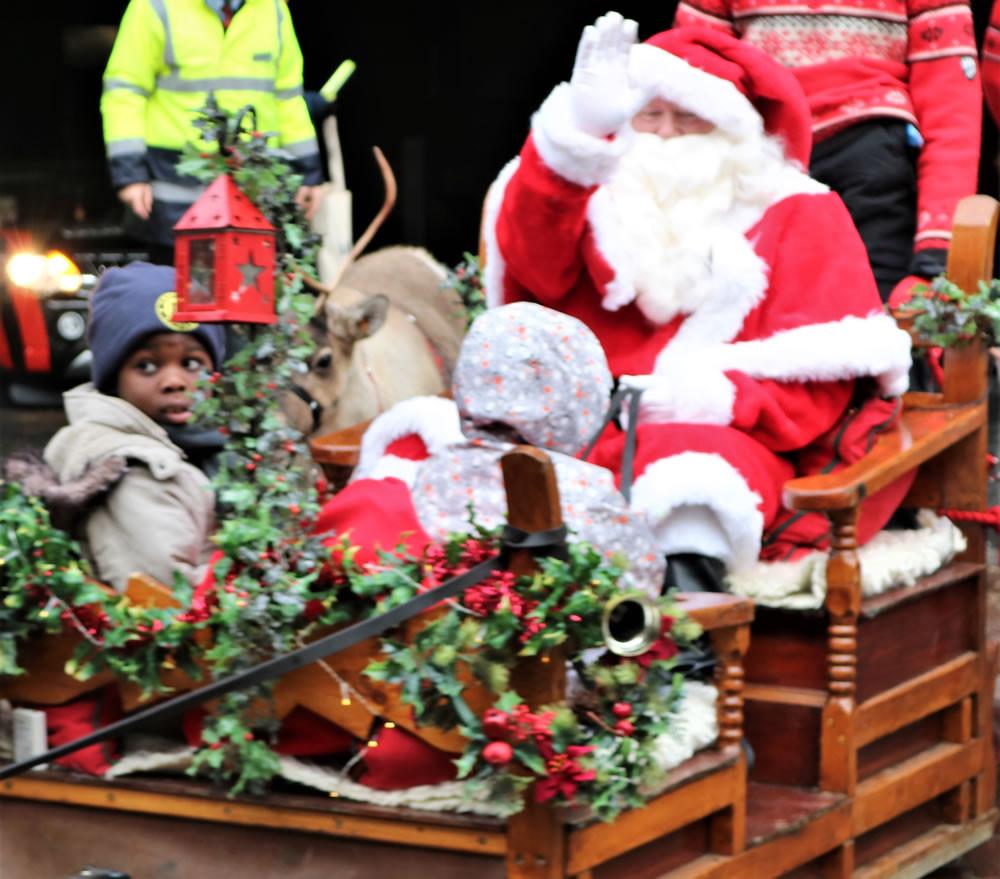 santa reindeer parade Bradford 2019