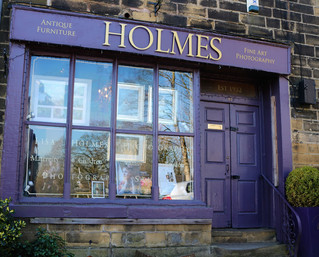 Holmes Antiques