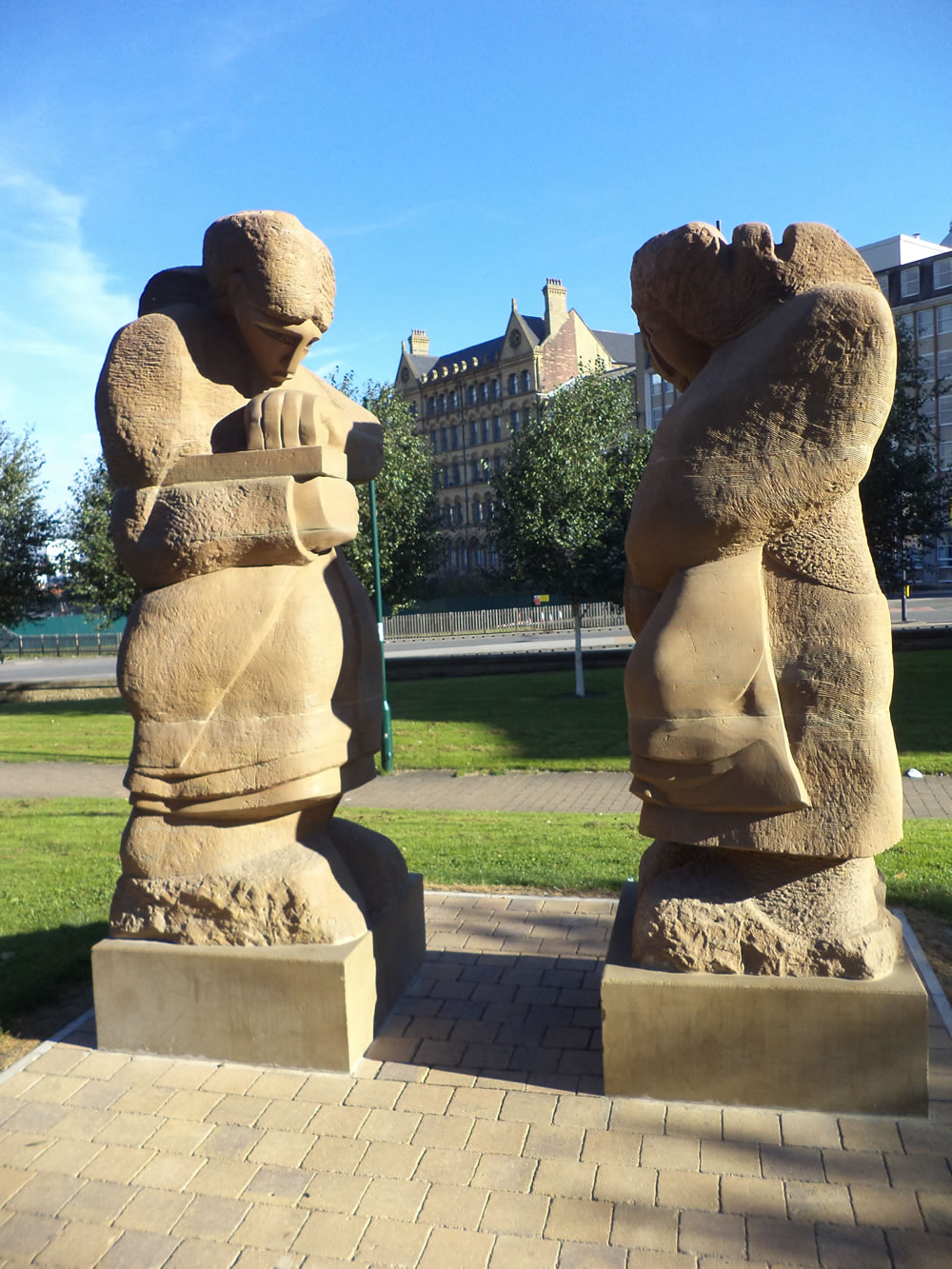 Two modern Statues in Bradford city centre