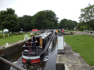 Canal boat in Hirst Lock