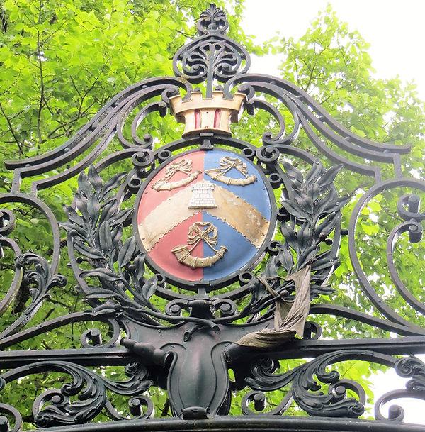 Princes Gate Bradford Town crest