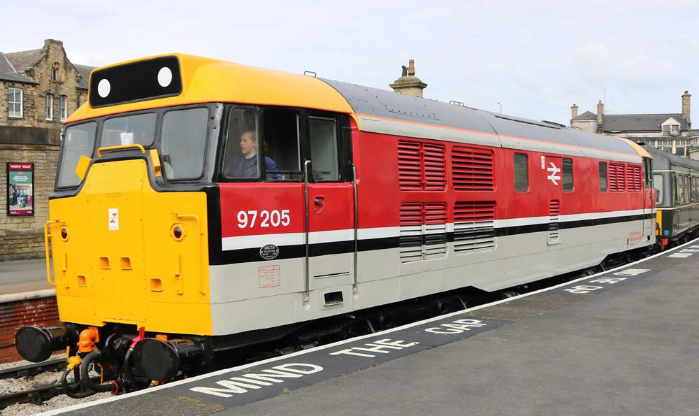 Class 31, 97 205 (31 163)