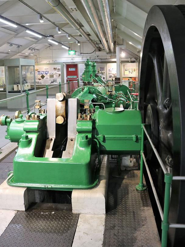 Linton Engine Victor 2.jpg