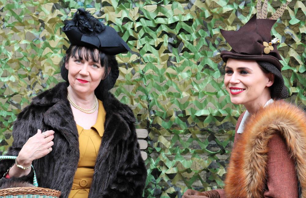 Ladies in Vintage fur Haworth 1940s 2019