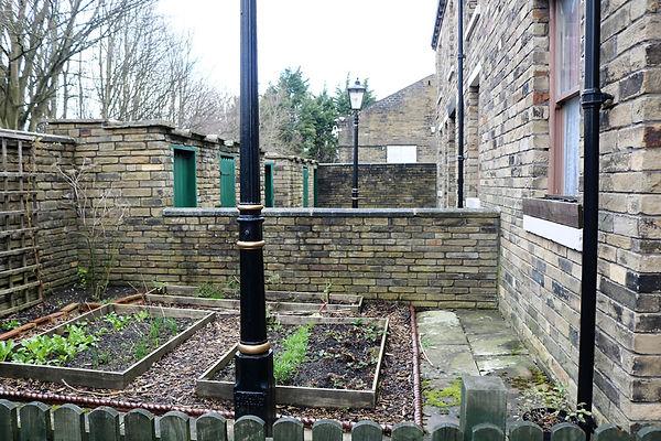 Gaythorne Row gardens.jpg