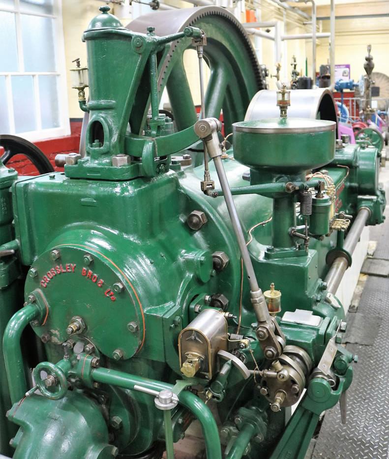 Gas Engine Madge 4.jpg
