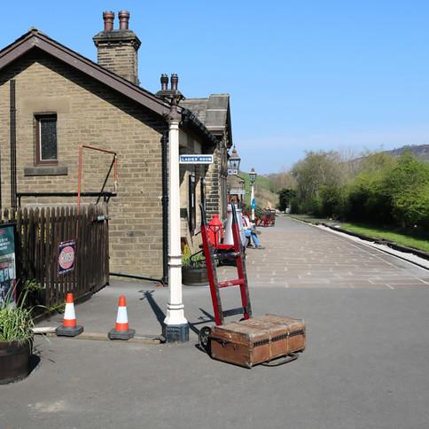 View Oakworth  station.jpg