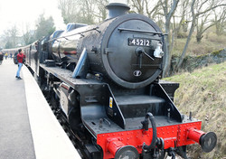 lSteam locomotive