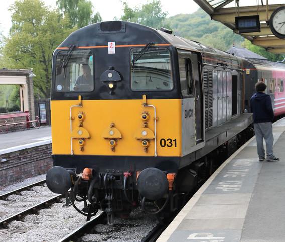 Type 1 diesel electric locomotive.jpg