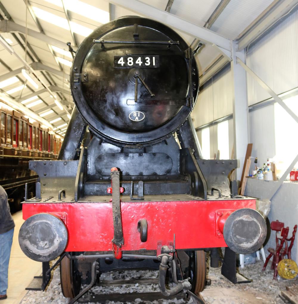 Stanier 2-8-0 freight locomotive 48431