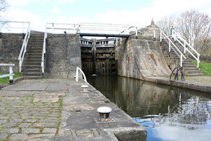 Dobson 2 rise staircase with the Apperley Bridge