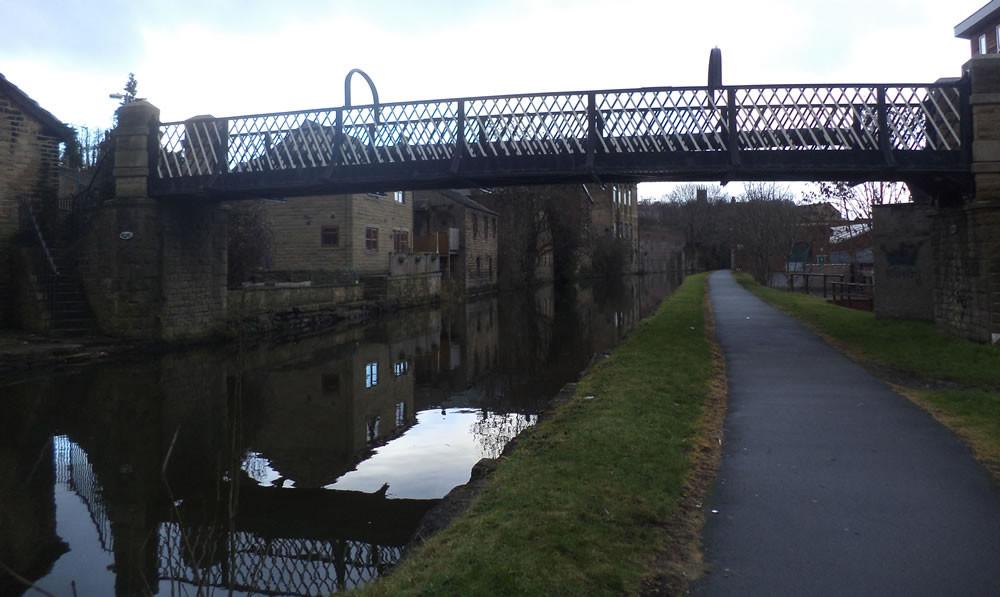 Gallows Footbridge No 207D Shipley