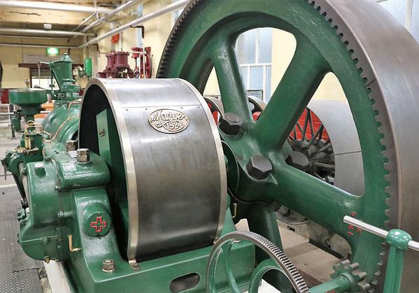 Gas Engine Madge 1.jpg