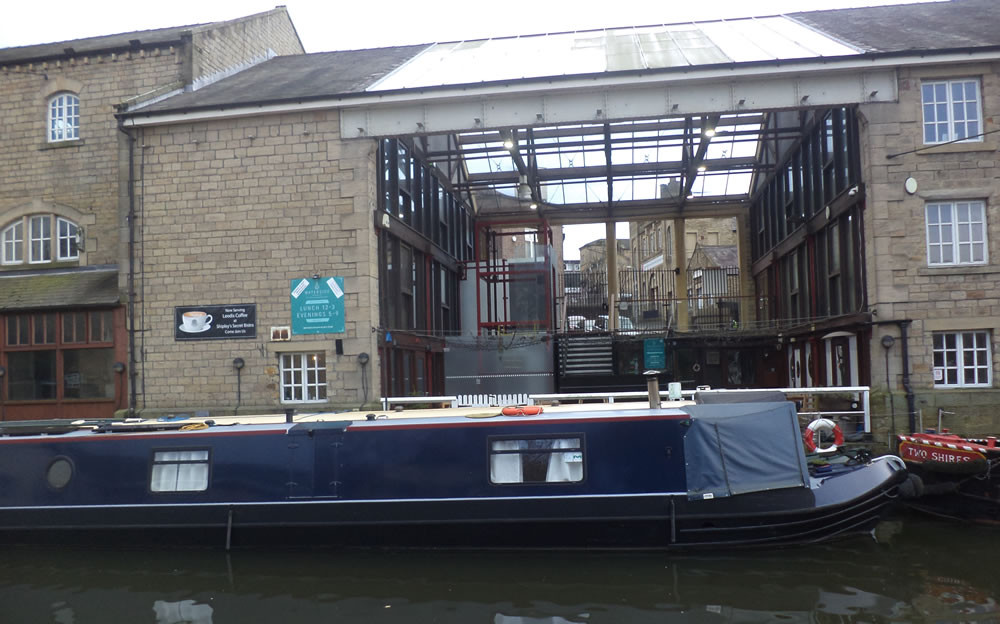 Waterside bistro and bar