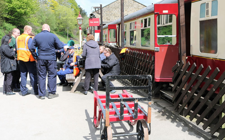 Oxenhope station refreshment car.jpg