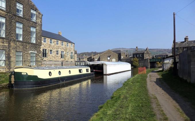 Leeds liverpool canal Silsden.jpg
