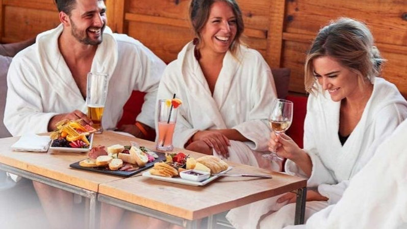 Escapada relax AMIGOS: con spa privado en Burela