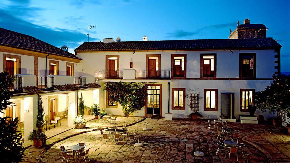 Escapada con encanto y desayuno incluido en un antiguo molino en Córdoba