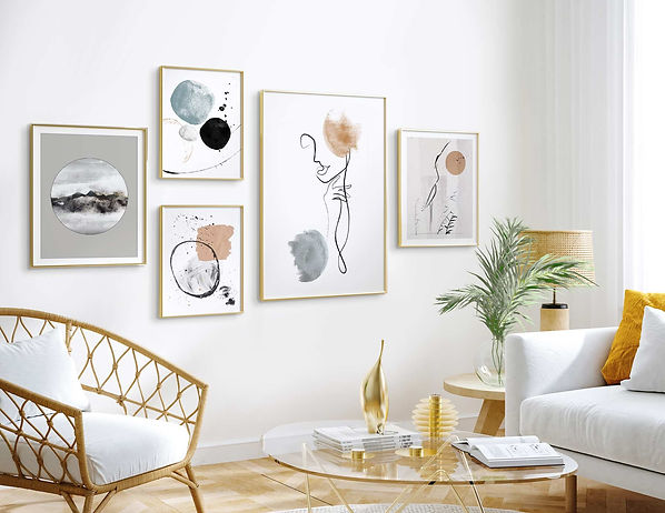 Gallery-wall-set-5-frames-gold-different