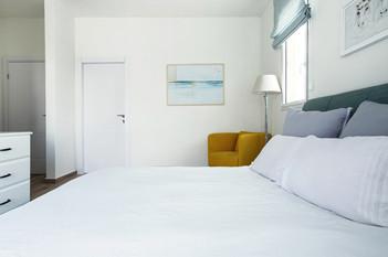 ocean-bedroom---Hila-Brauer-2-small.jpg