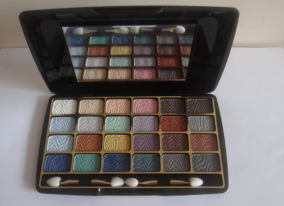 Eyeshadows Palette 24 colours