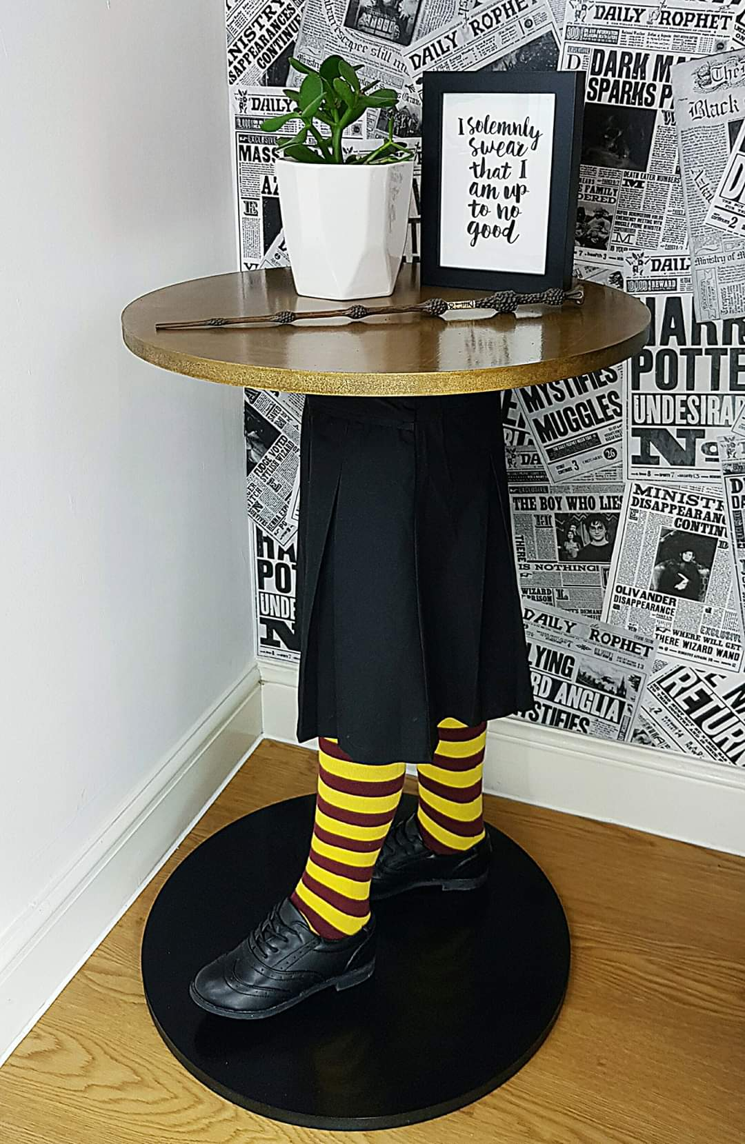 Statement Gryffindor Mannequin Table