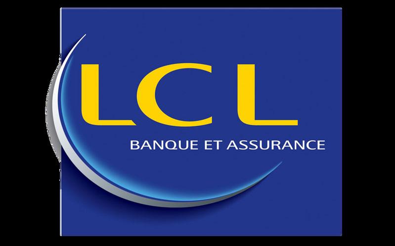 LCL a organisé un repas d'équipe au Mélo à Marseille, dînatoire et karaoke.