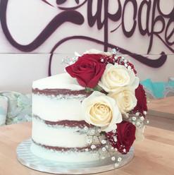 Flower nude cake