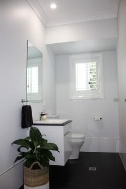 10 Ensuite WC