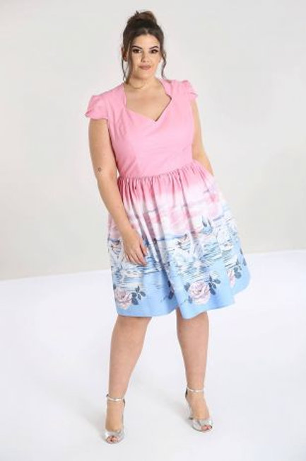 Swan dress +size