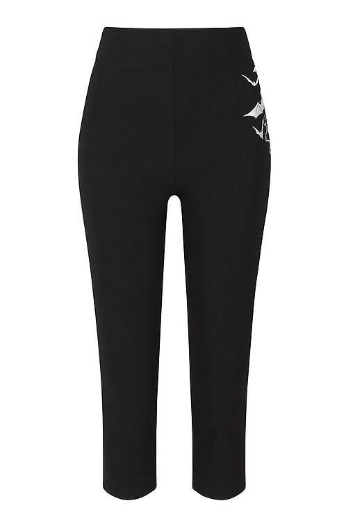Bat capri pants