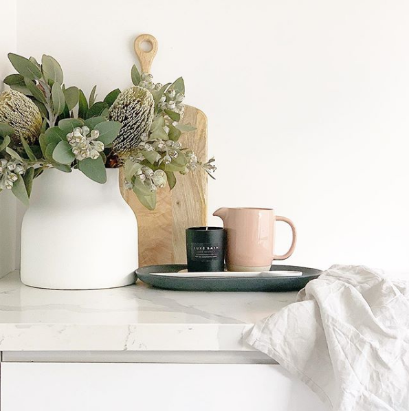LUXE BLACK CANDLE