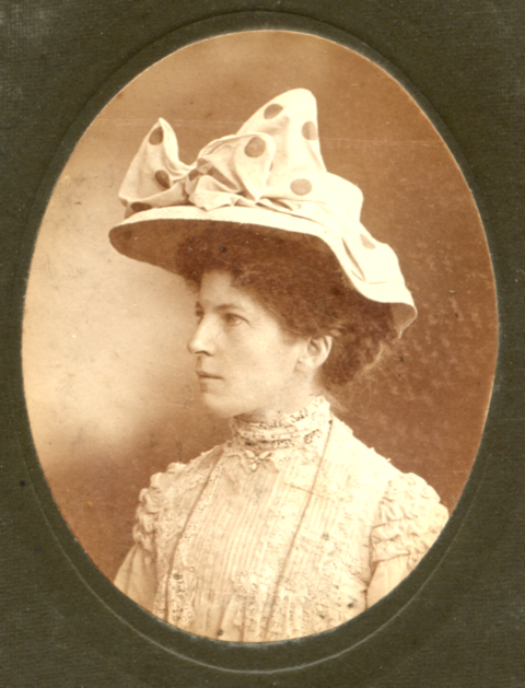 Frances Diana Christison, nee Hope in 1908