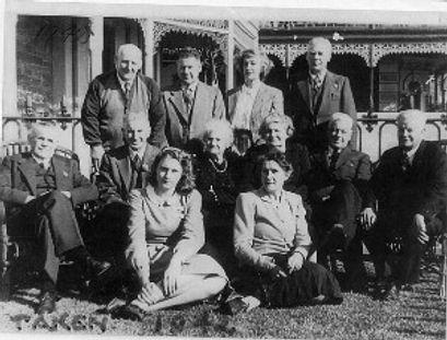 Victorsen family 1942.jpg
