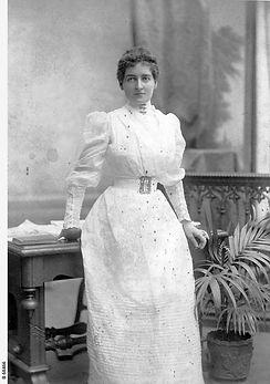 Studio portrait of Annie Lewers Bowman (nee Cowle), wife of Edmund Bowman. B-68466.jpeg