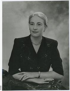 Dorothy Elizabeth Mortlock  B-68335.jpeg
