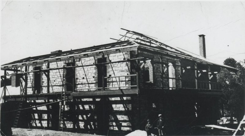 Kadlunga Homestead being renovated in 1919