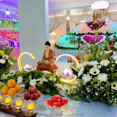 Buddhist Lotus With Lotus Lamp Setup