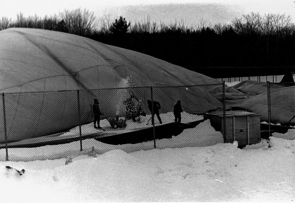 The Bubble that once covered Hampshire's outdoor tennis courts