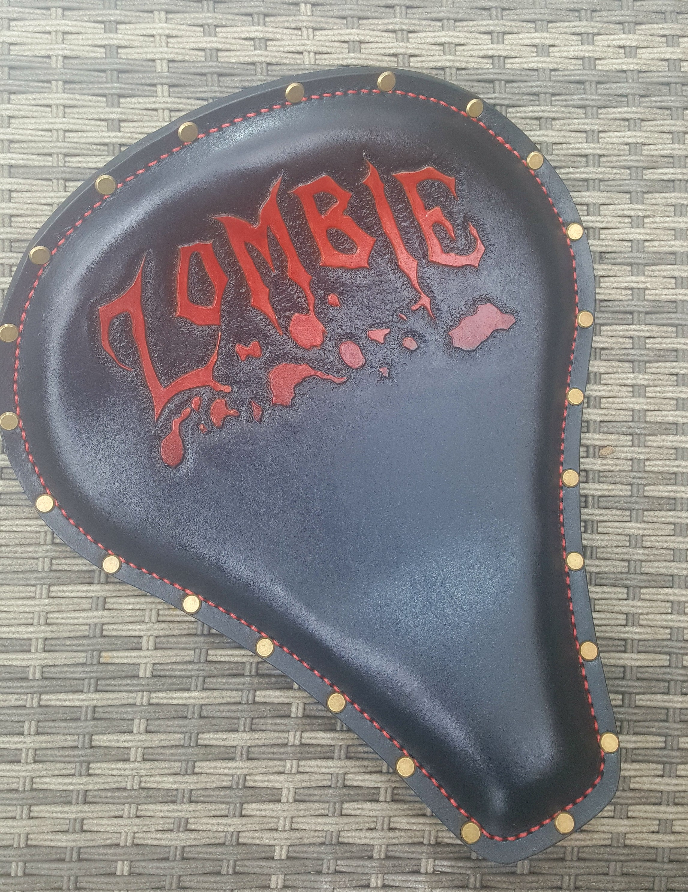 Zombi seat