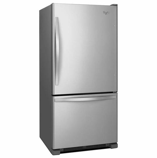 Whirlpool Réfrigérateur de fond de congélateur en acier inoxydable de 33 po W 22 pi3 - ENERGY STARMD  1 745,00 $