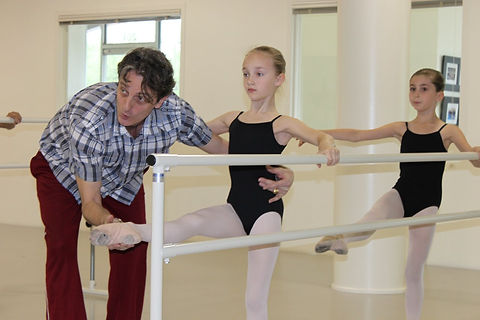 Teaching french school ballet