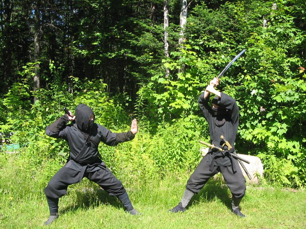 Duel Ninja au sabre japonais
