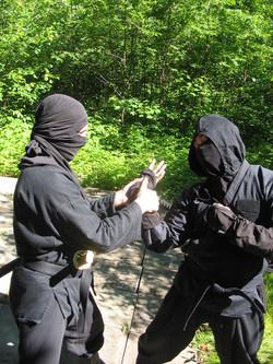 Technique Ninja de l'omote gyaku