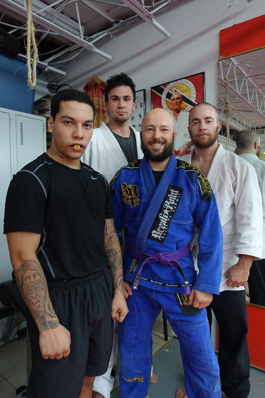 Premier cours d'arts martiaux du midi à l'académie pour l'année 2016.