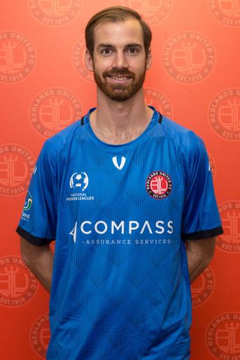 Redlands sign Duncan Short