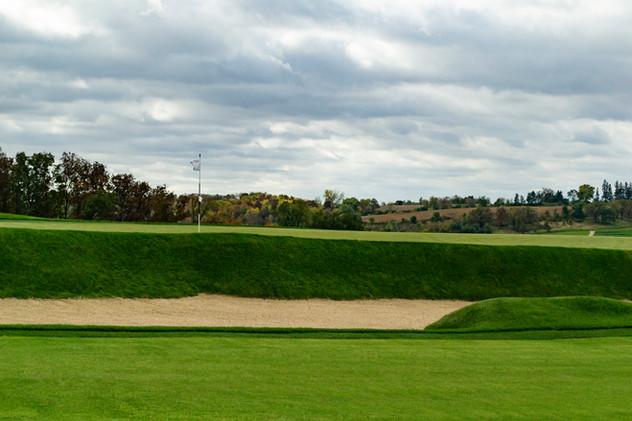 Hole4 Green Bunker01.jpg