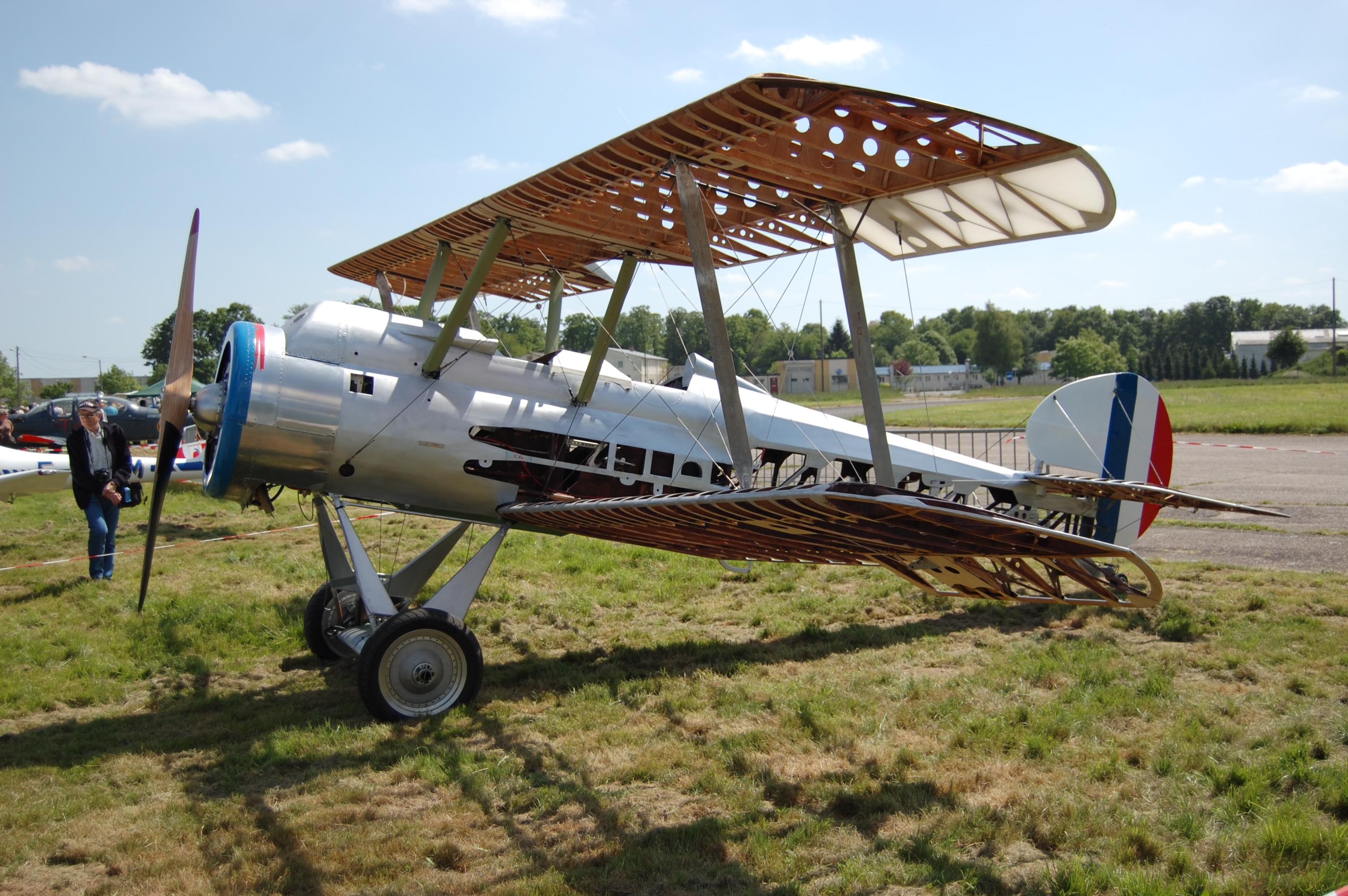 0023_Aerodrome_de_Saint_André_79TH_MEMOR